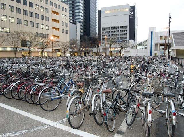 В Москве появятся платные парковки для велосипедов